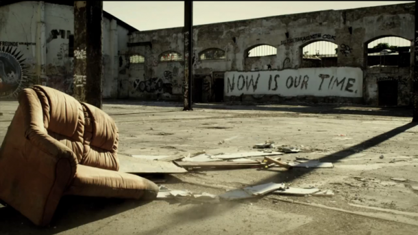 Levi's - Now is our TIME! - Vhils explosionLevi's - Now is our TIME! - Vhils explosion
