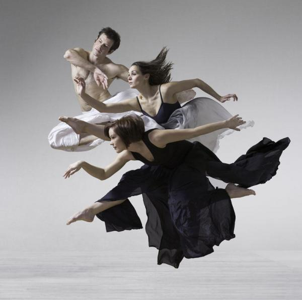 Photography by Lois Greenfield