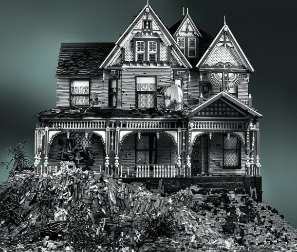 """The Abandoned House Series"" made of LEGO""The Abandoned House Series"" made of LEGO"