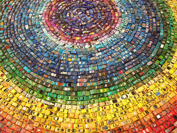Rainbow Car Atlas Made of 2,500 Toy Cars