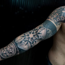 geometric-sleeve-tattoo-thomas-hooper-4