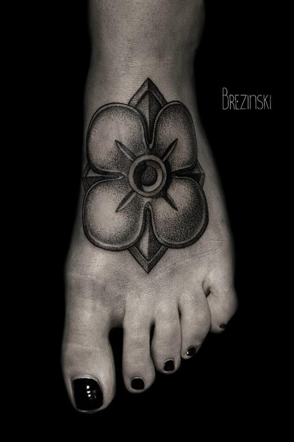 Stunning dotwork tattoos by Brezinski Ilya (8)